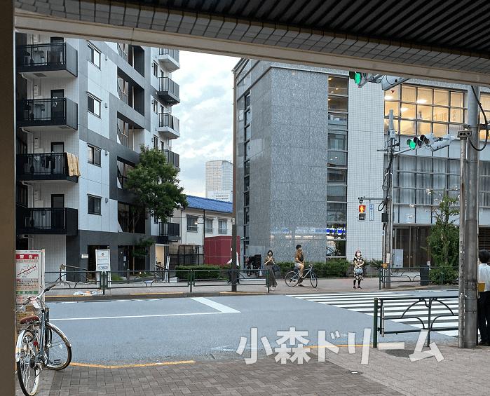 西新宿五丁目周辺のマンション